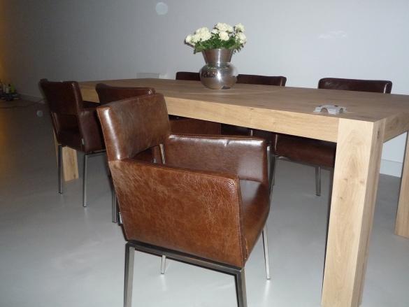 Eetkamerstoel Floor Foucault   Leren eetkamerstoelen   Eetkamerstoelen leer